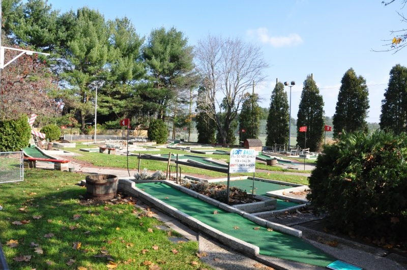 Miniature Golf Farmington CT