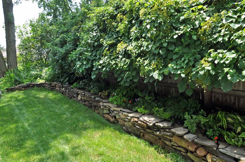 House-&-Garden-Stone-Wall-(